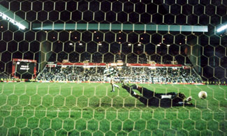 Scott Thomson saves Paul McStay's penalty to win the Coca-Cola Cup